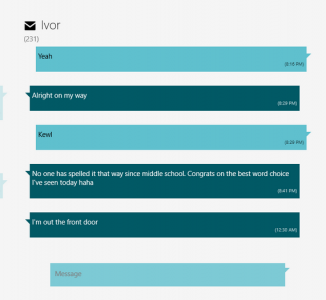 When zoomed in, a single message thread gets priority so that the user can see the conversation's history and respond accordingly.